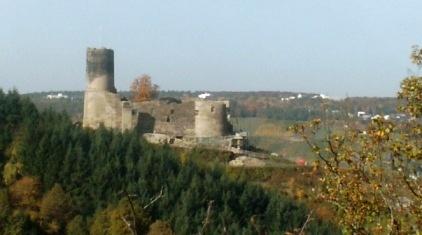 Burgruine Landshut bei Bernkastel-Kues an der Mosel